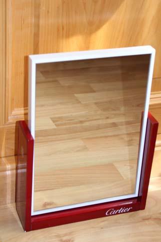 Cartier Edelholz Spiegel mit Klavierlack Rot und Weiss Masse ca. 30 x 22 x 6cm