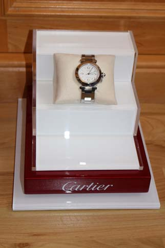 Cartier Edelholz Uhren Display 3 Etagen mit Acryl und Klavierlack 25 x 20 x 16cm