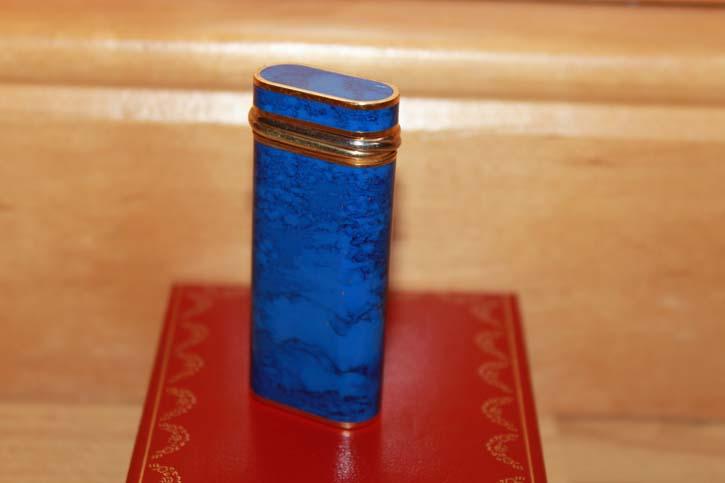 Cartier Trinity Feuerzeug in Chinalack Nachtblau marmoriert und Gold - RAR