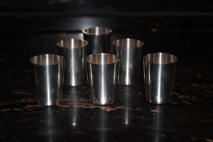 6 x antike Schnaps Becher Pinnchen aus 835er Silber ca. 4,5 x 3cm & 130g
