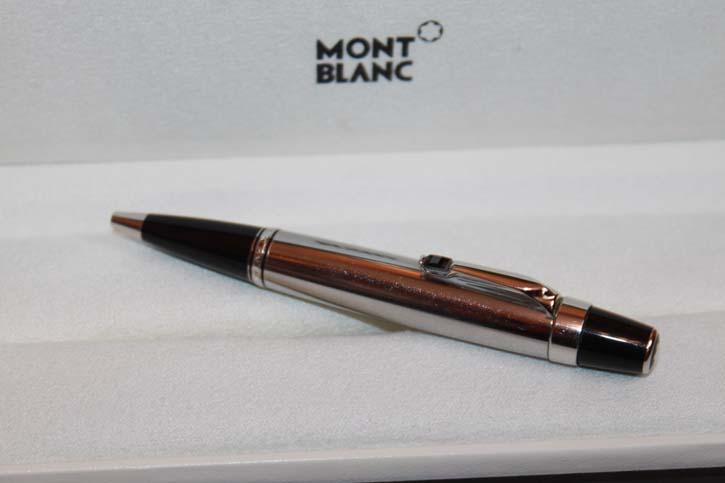 Montblanc Boheme Solitaire Steel Noir Line Kugelschreiber mit Stein