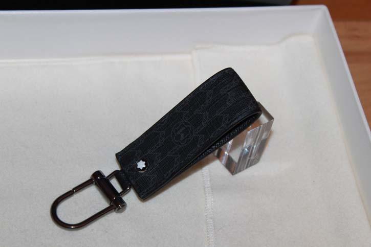 Montblanc Meisterstück Signature Schlüsselanhänger / Key Ring aus Leder und PVC Beschichtung NEU
