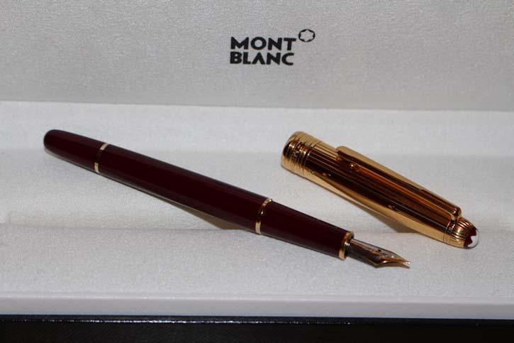 Montblanc Meisterstück Solitaire Doue N° 144 Füller in 925er Silber und Bordeaux