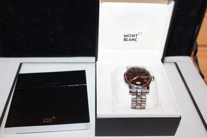 Montblanc Star 4810 Luxus Herrenuhr in OVP mit Papieren