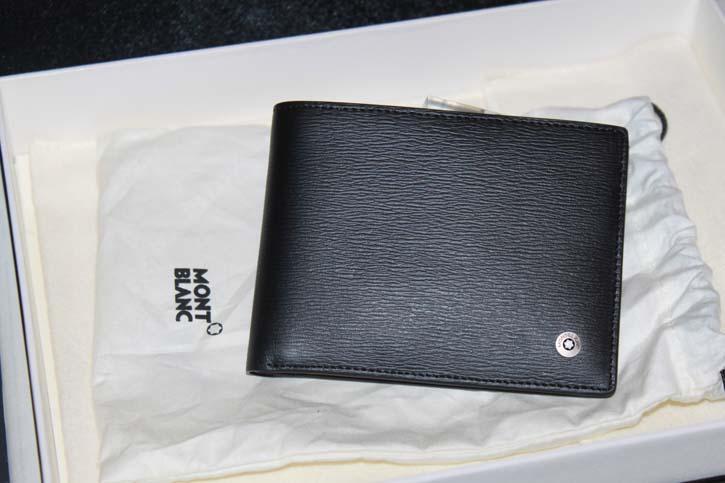 Montblanc 4810 Westside 6cc Wallet / Brieftasche Leder schwarz Neu in OVP