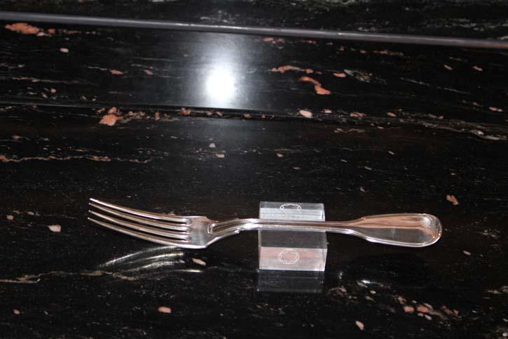 Wilkens Augsburger Faden Tafel Gabel 800er Silber ca. 21,5 cm und 65,5 Gramm